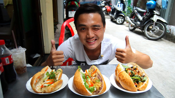 Vietnamese YouTubers promote street food culture in Saigon
