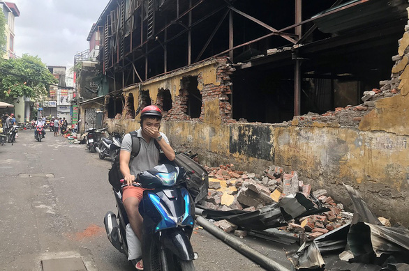 Air quality near site of Hanoi factory fire checks out, but experts remain wary of health risks