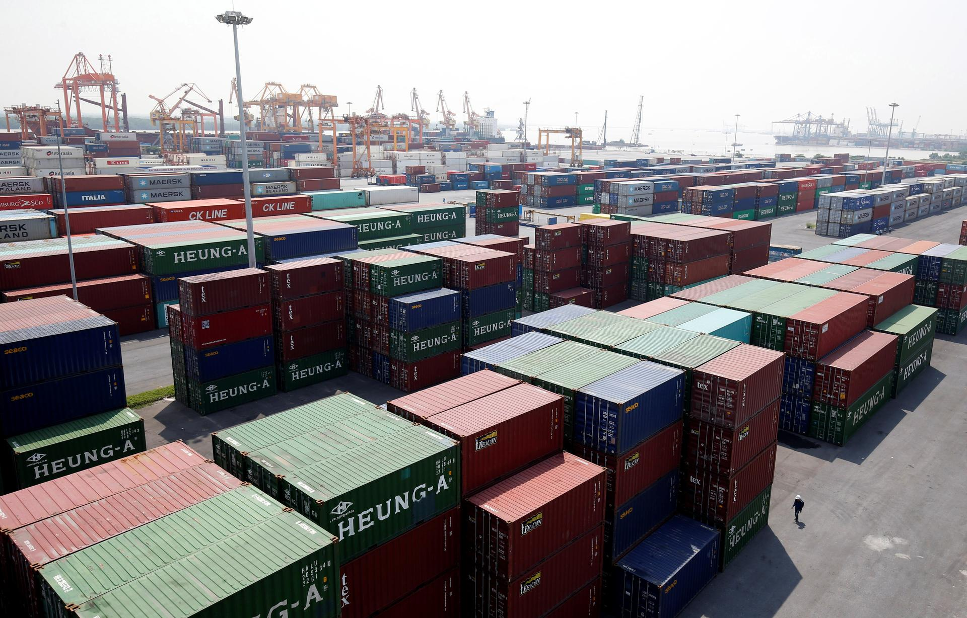Shipping containers are seen at a port in Hai Phong city, Vietnam July 12, 2018. Photo: Reuters