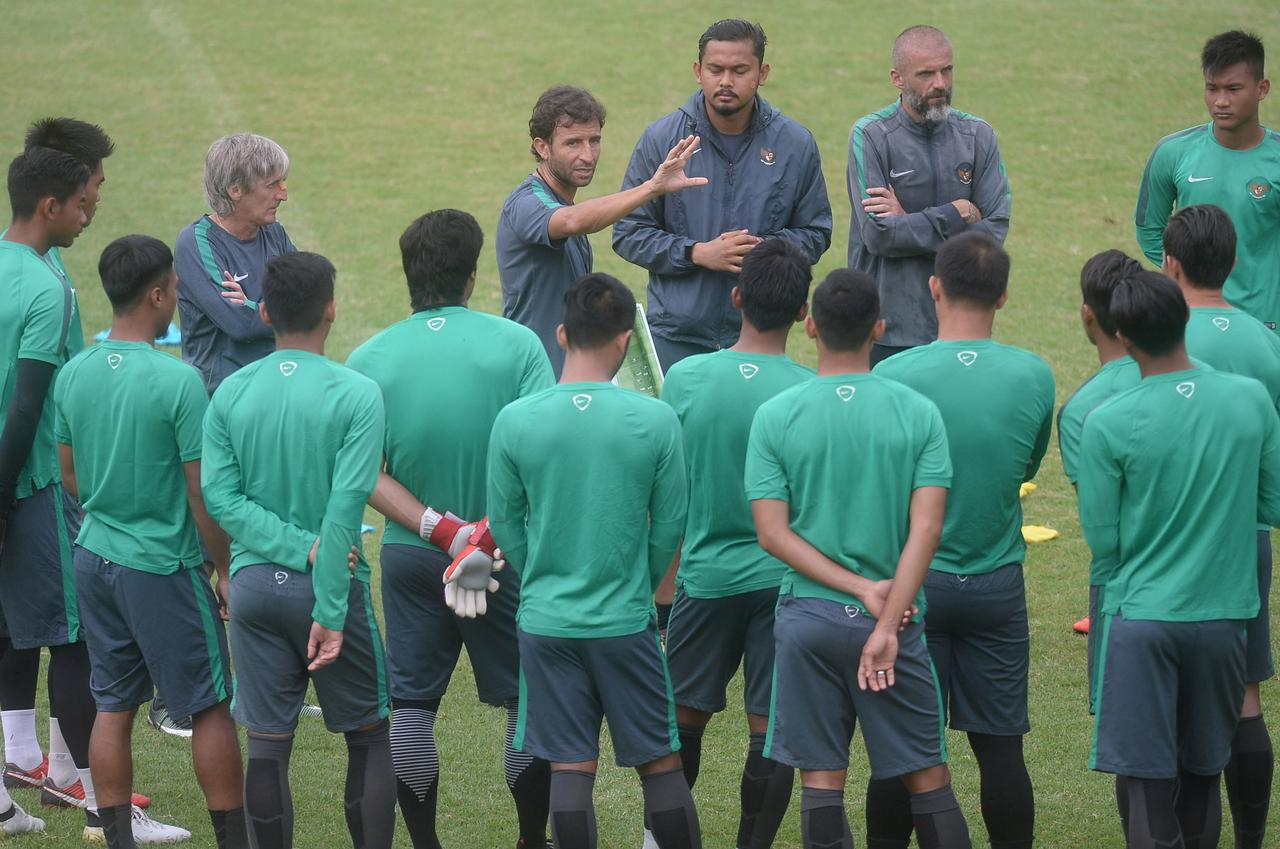 Indonesia return to World Cup scene to face familiar foes