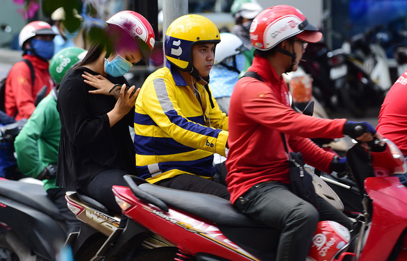 Ride-hail drivers are business-makers, not employees: Ho Chi Minh City taxman