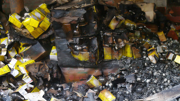 Fluorescent light bulbs destroyed in an inferno at the Rang Dong Company in Hanoi, Vietnam on August 25, 2019. Photo: Danh Trong / Tuoi Tre