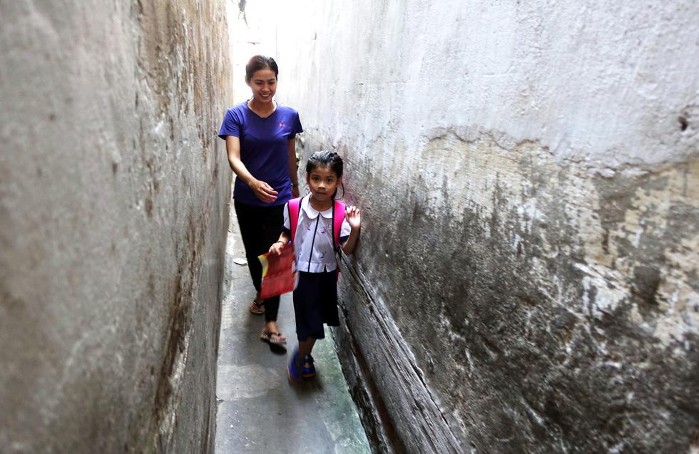 Life in narrow alleys in Ho Chi Minh City