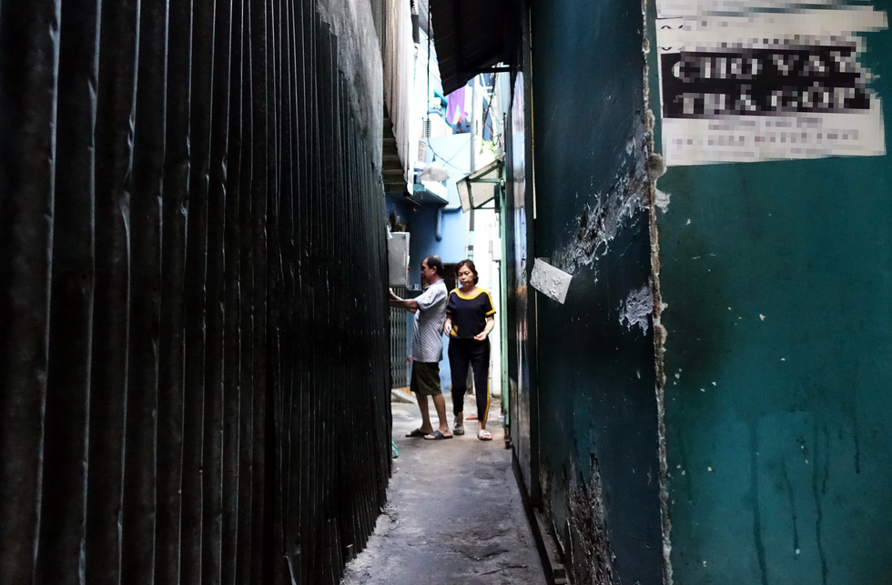An alley on Phan Van Tri Street in District 5. Photo: Nguyen Cong Thanh / Tuoi Tre