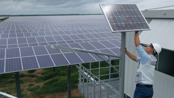 SE Asia's largest solar power plant inaugurated in southern Vietnam