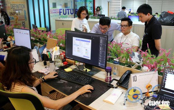 Most Vietnamese Gen Xers want new jobs in H2/2019: survey