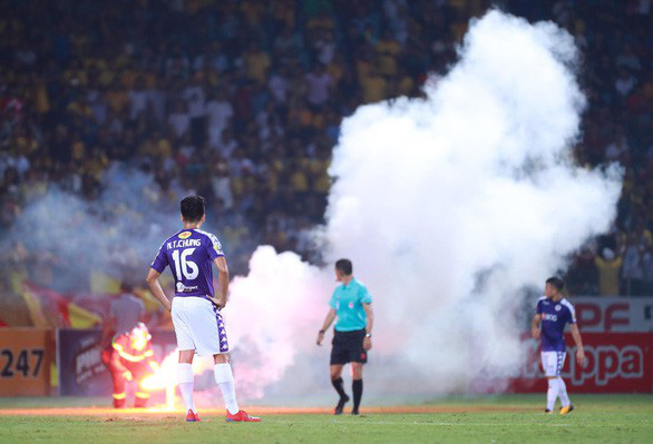 Vietnam's league club gets $3,700 fine, stadium ban over flares incident