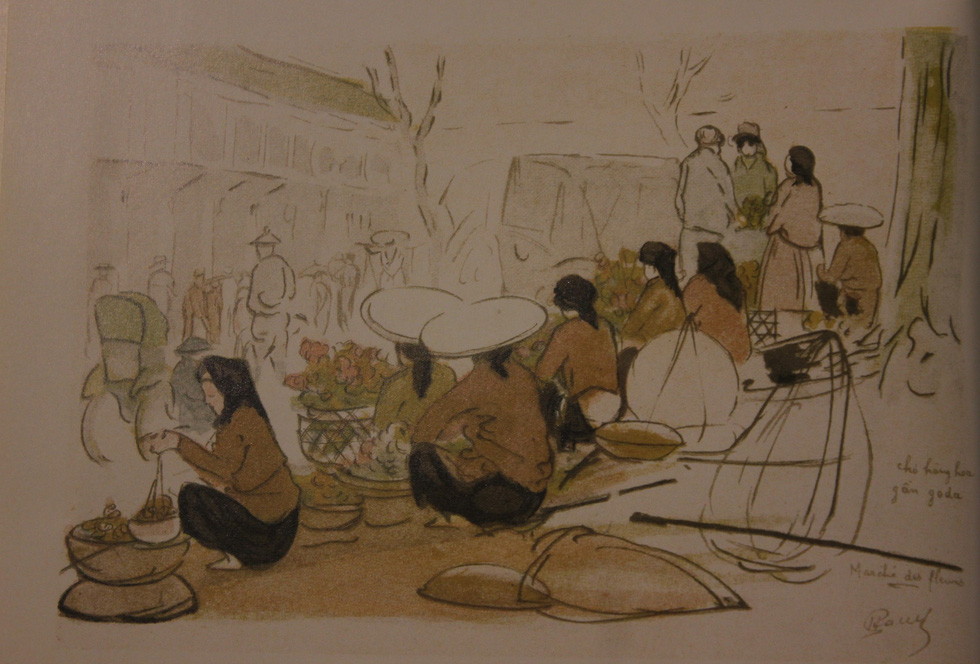 A painting depicting old street vendors in Hanoi in 20th century is displayed at an exhibition in Hanoi. Photo: Thien Dieu / Tuoi Tre