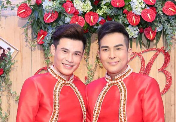 Vietnamese artist surprises fans with same-sex marriage