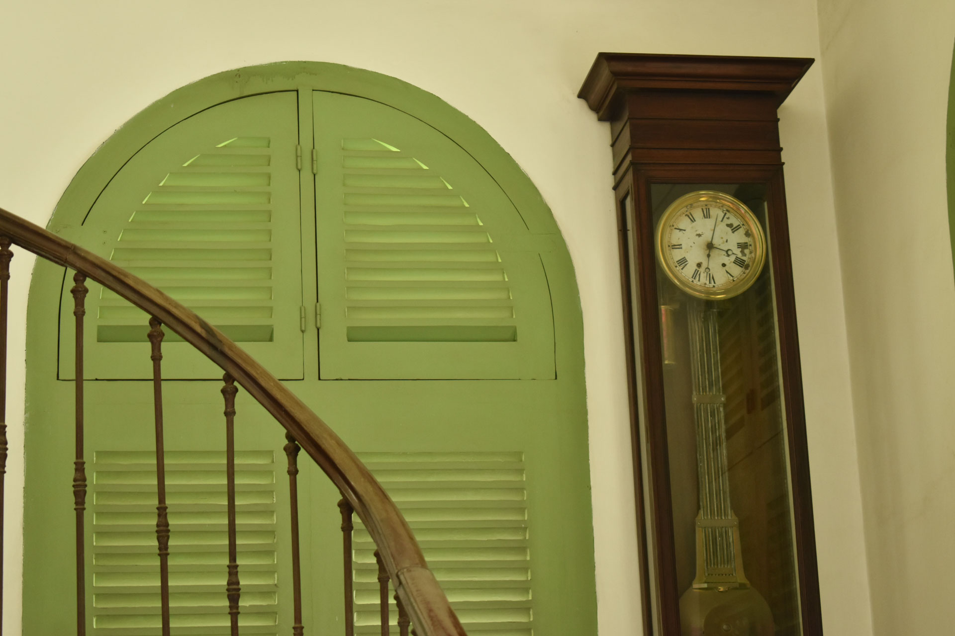 A French-made antique clock inside the Consulate General of France in Ho Chi Minh City. Photo: Tuan Son / Tuoi Tre News