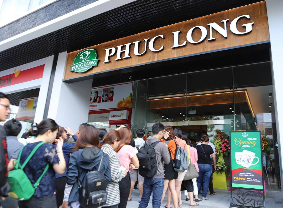Vietnamese coffee chain Phuc Long bashed for pretentious recycling move