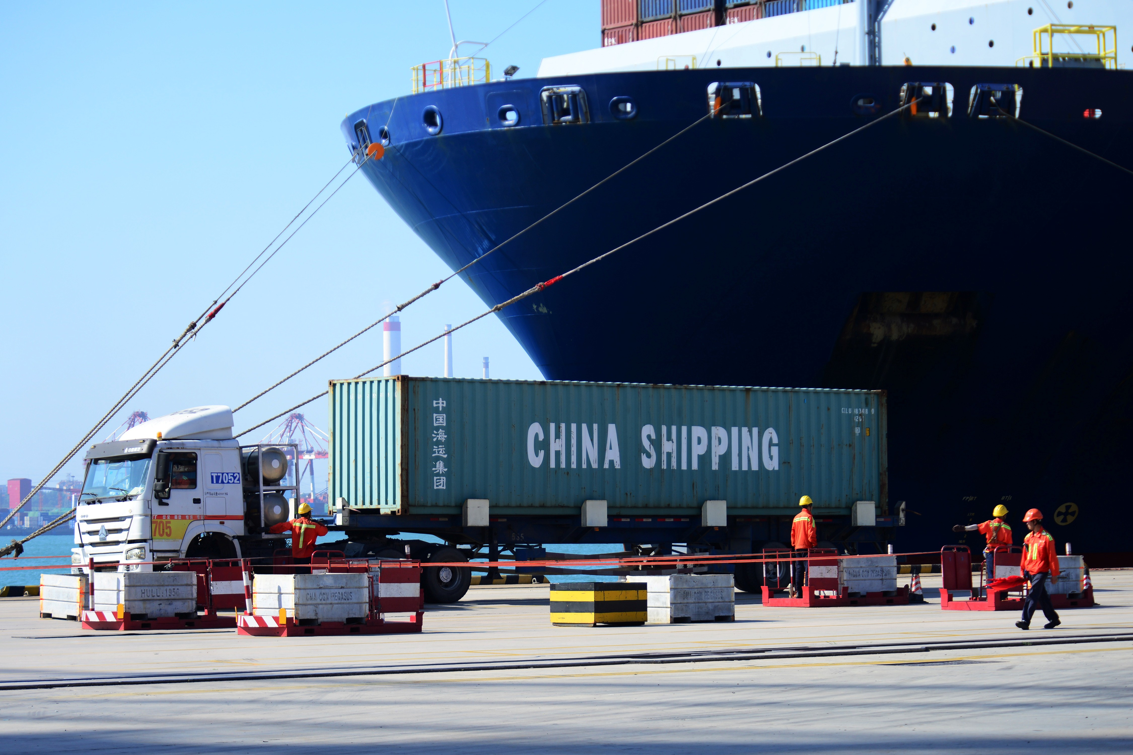 The nature of the US- China trade war and its impact on Vietnam