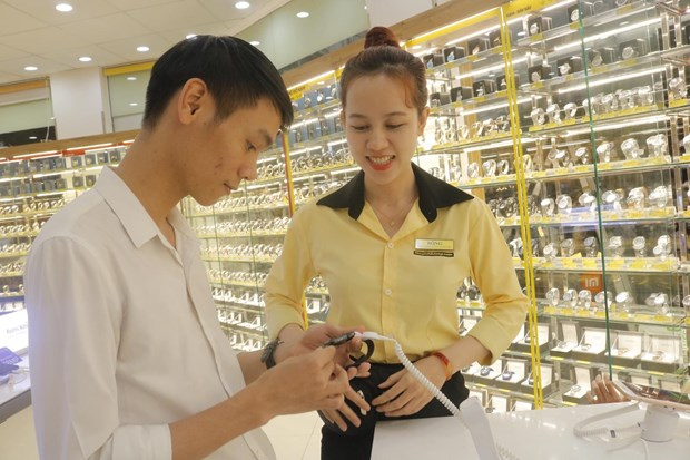 How will Mobile World rearrange Vietnam's fashion watch market?