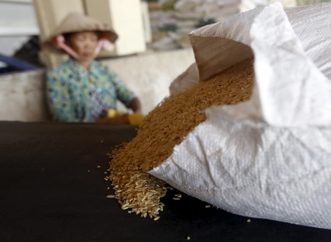 Indian rice prices slip on weak African demand; strong baht hurts Thai exports