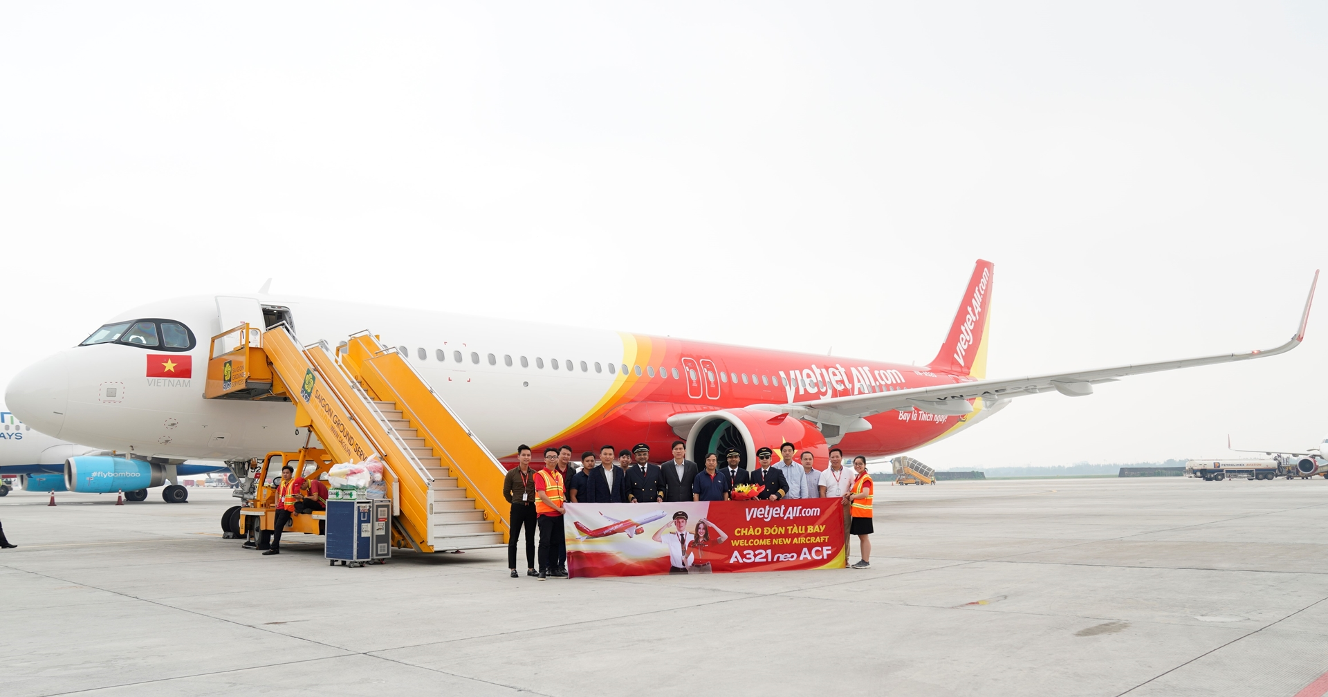 Vietnamese budget carrier adds world's newest Airbus to fleet