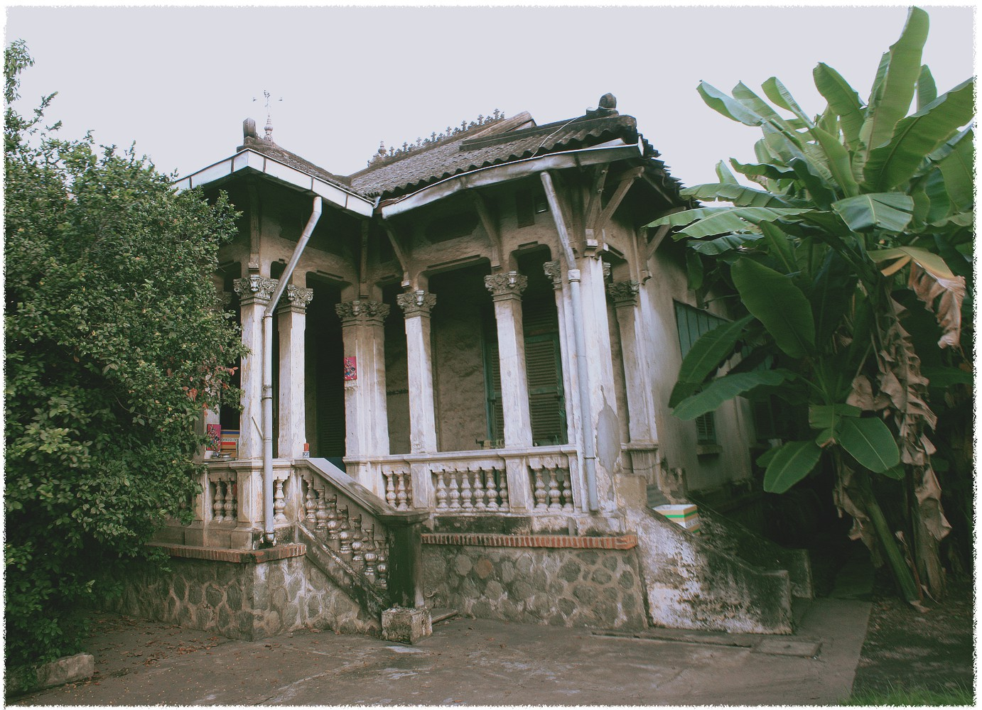 An old French villa located on Hong Bang Street in Ho Chi Minh City. Photo: Tuoi Tre