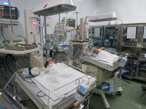 The baby girls are put under care following their surgery on October 2, 2019. Photo: Children's Hospital 1
