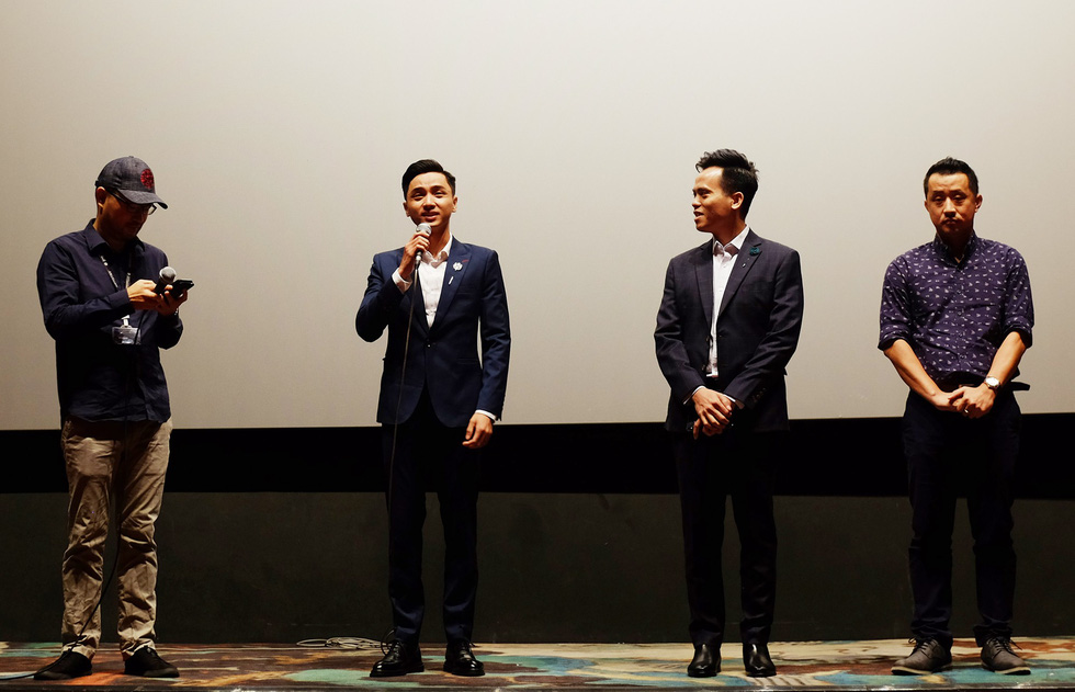 The cast and crew of Vietnamese film 'Bac Kim Thang' (Home Sweet Home) talk with fans after a screening at the 24th Busan International Film Festival in Busan, South Korea. Photo: Mi Ly / Tuoi Tre