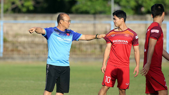 Vietnam, Indonesia bare teeth before FIFA World Cup qualifier