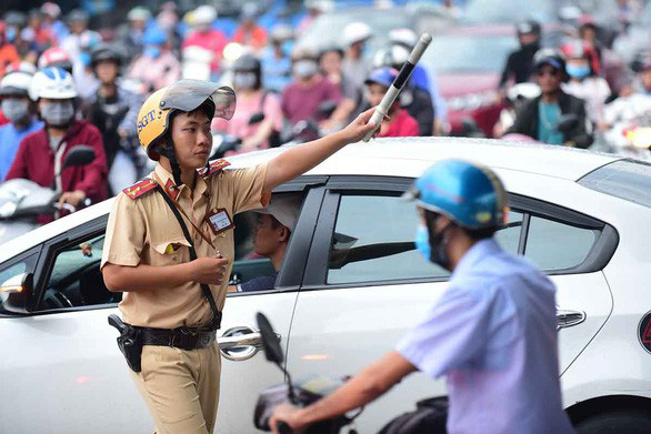 Ho Chi Minh City traffic police chief pays to settle driver's lawsuit