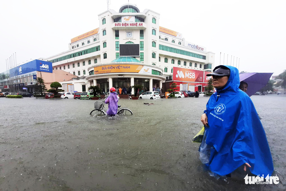 Days-long rain submerges north-central Vietnamese city