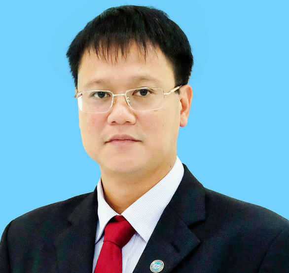Vietnam's Deputy Minister of Education and Training falls to death: source