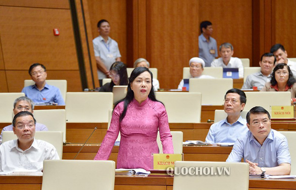 Vietnam's health minister to step down next month