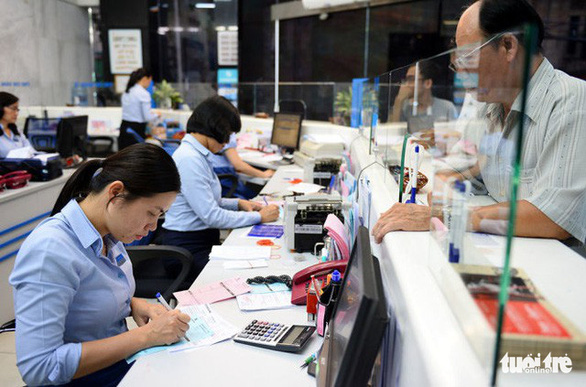 Vietnam may allow European firms to purchase 49 pct stake in local banks: official