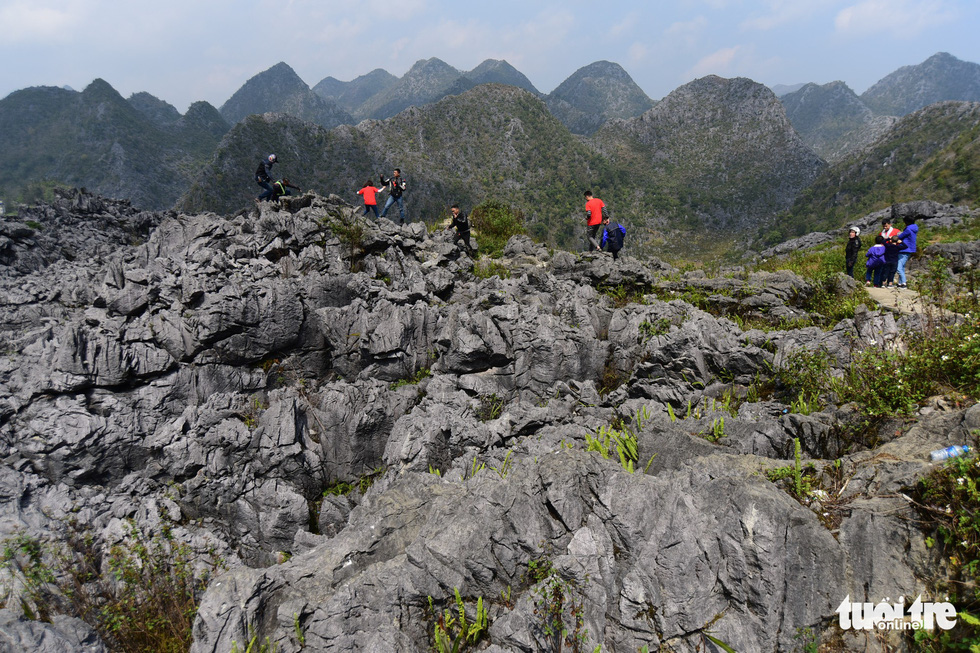Tourists visit Dong Van Karst Plateau in Dong Van District, Ha Giang Province, Vietnam. Photo: Quang Dinh / Tuoi Tre