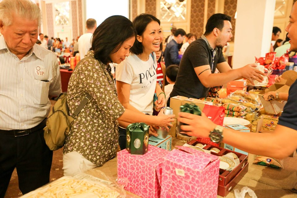 Ho Chi Minh City Consular Club to hold 26th charity bazaar next month