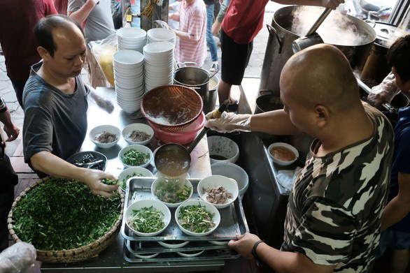 Tuoi Tre-hosted poll to pick people's favorite brand of Vietnamese 'pho'