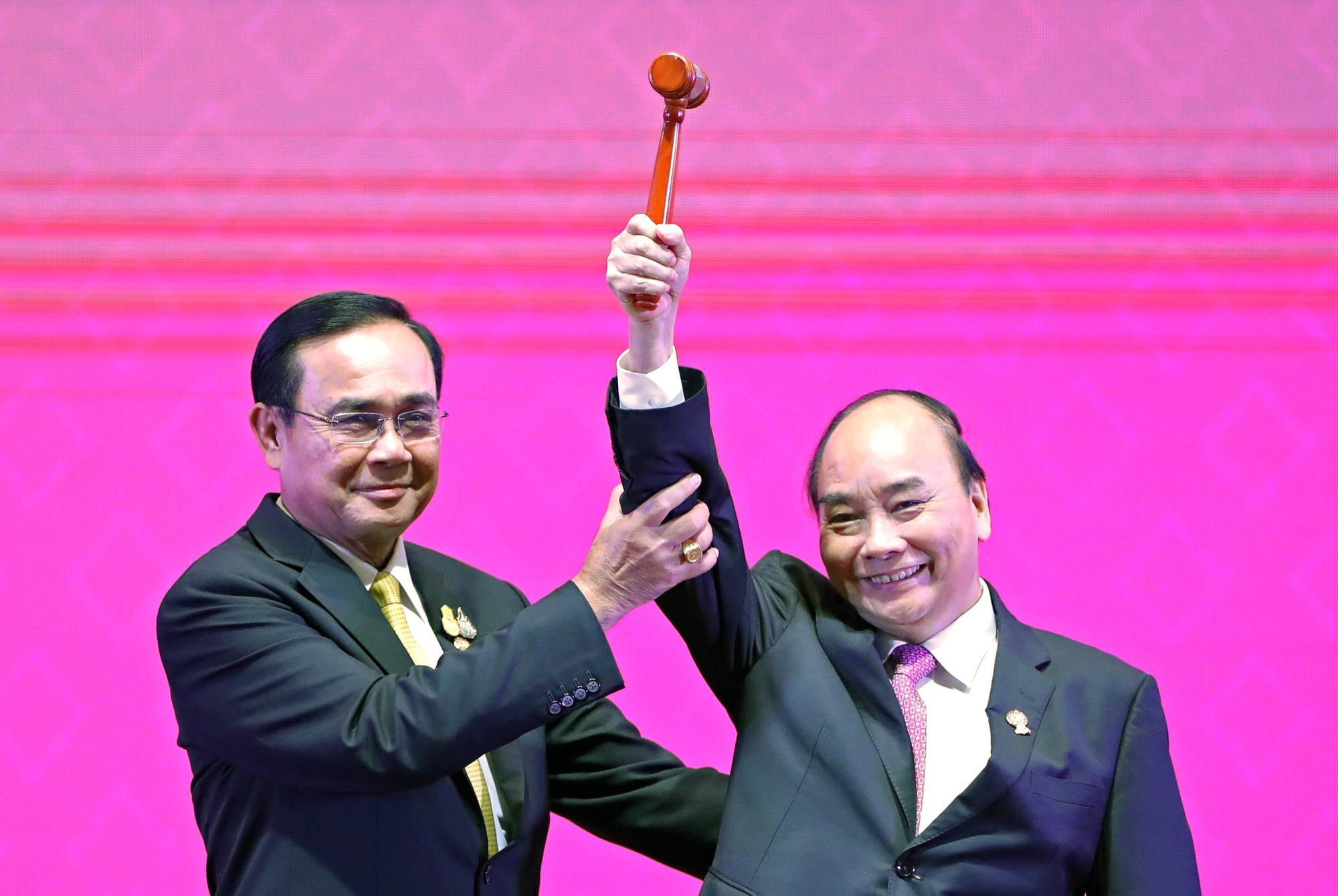 Vietnam assumes ASEAN chairmanship for 2020