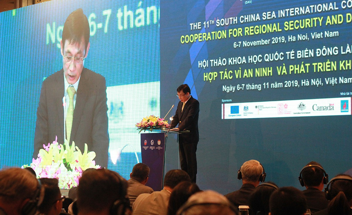 Foreign experts criticize China's actions in East Vietnam Sea
