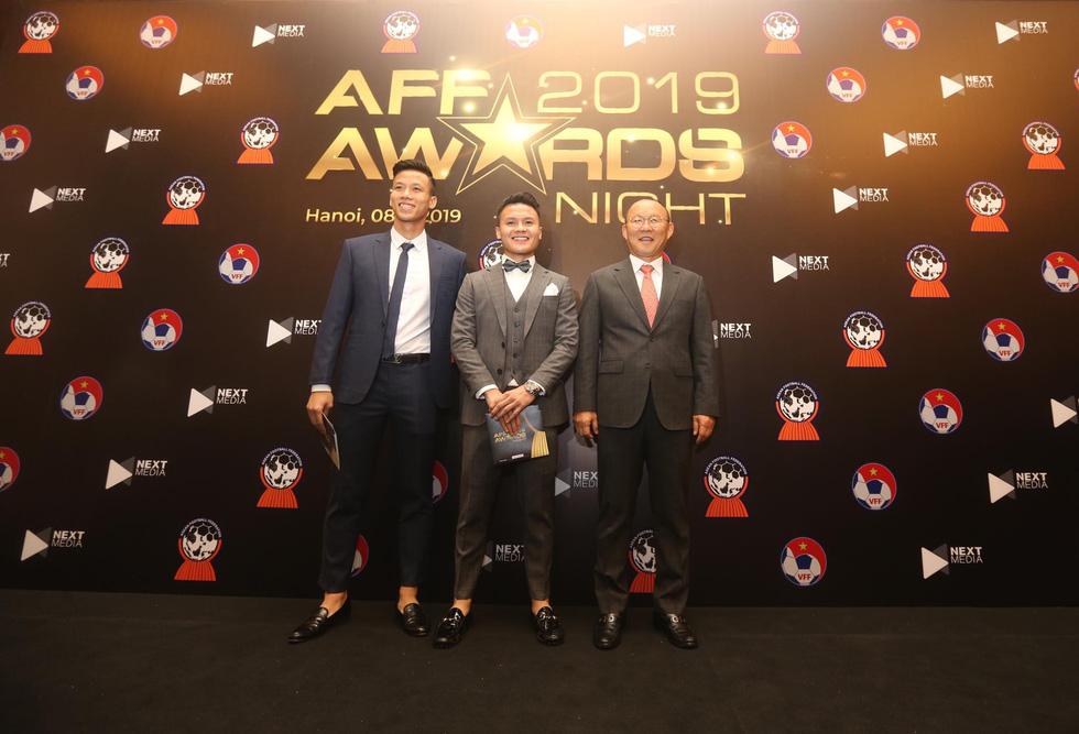 Vietnam sweep regional football awards
