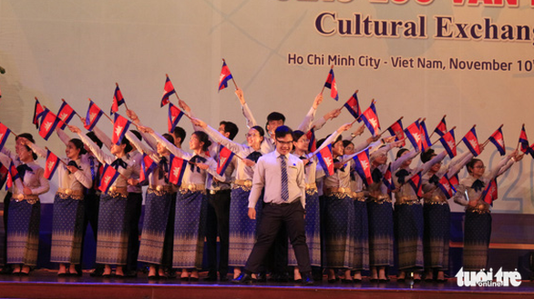 Cambodian delegates of the SSEAYP 2019 perform at the cultural exchange night at the hall of the Ho Chi Minh City's Party Committee in District 3, November 10, 2019. Photo: Cong Trieu / Tuoi Tre
