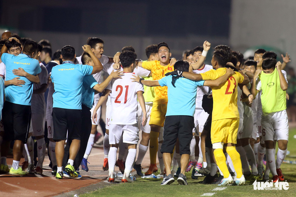 Vietnam U19s qualify for finals of continental championship