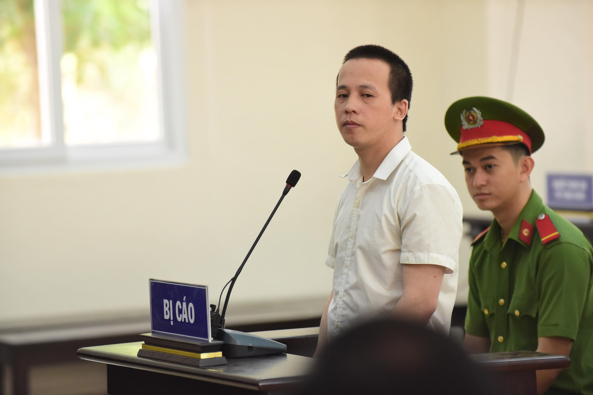 Vietnam man gets death for murdering 3 people in family during robbery attempt