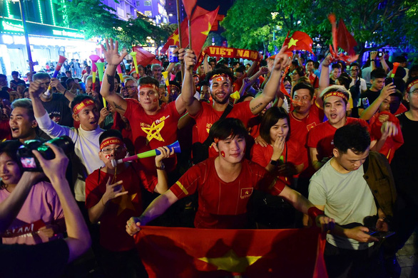 Mass screening planned on Nguyen Hue Pedestrian Street for Vietnam-UAE World Cup qualifier