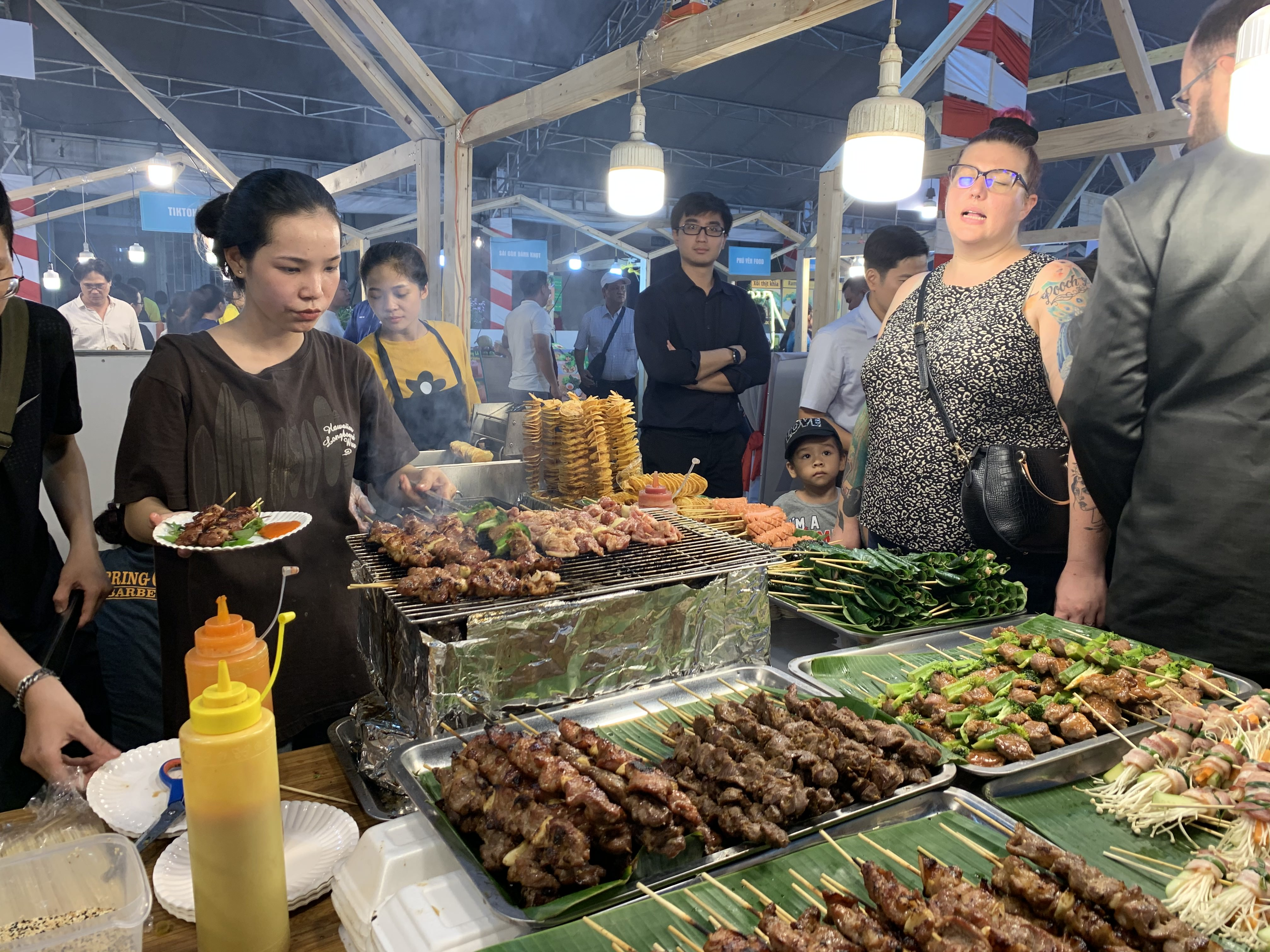 A food stall at the international food festival held at the Youth Cultural House in District 1, Ho Chi Minh City, November 14, 2019. Photo: Bao Anh / Tuoi Tre News