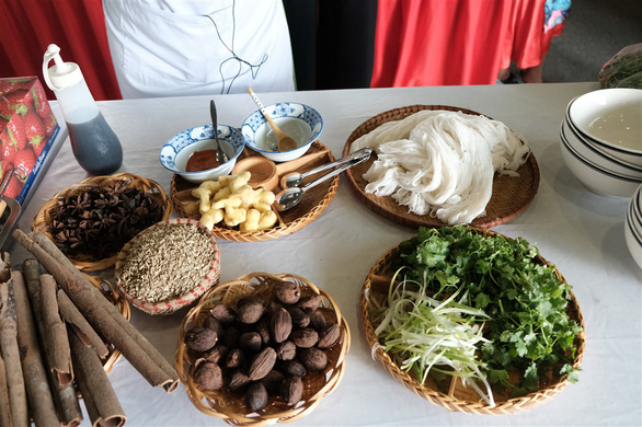 Ingredients are prepared at the qualification round of a cooking contest searching for the best pho chefs in Vietnam held in Hanoi, November 16, 2019. Photo: Mai Thuong / Tuoi Tre