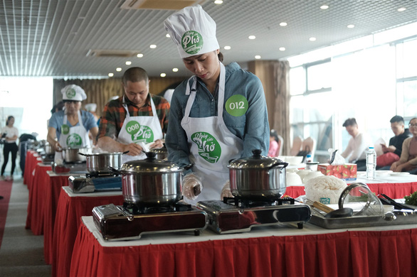 Hanoi qualifier finds best 'pho' chefs in northern Vietnam