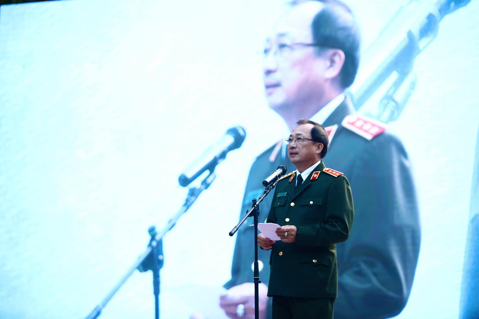 Vietnamese Deputy Minister of Public Security Nguyen Van Thanh delivers his opening speech.