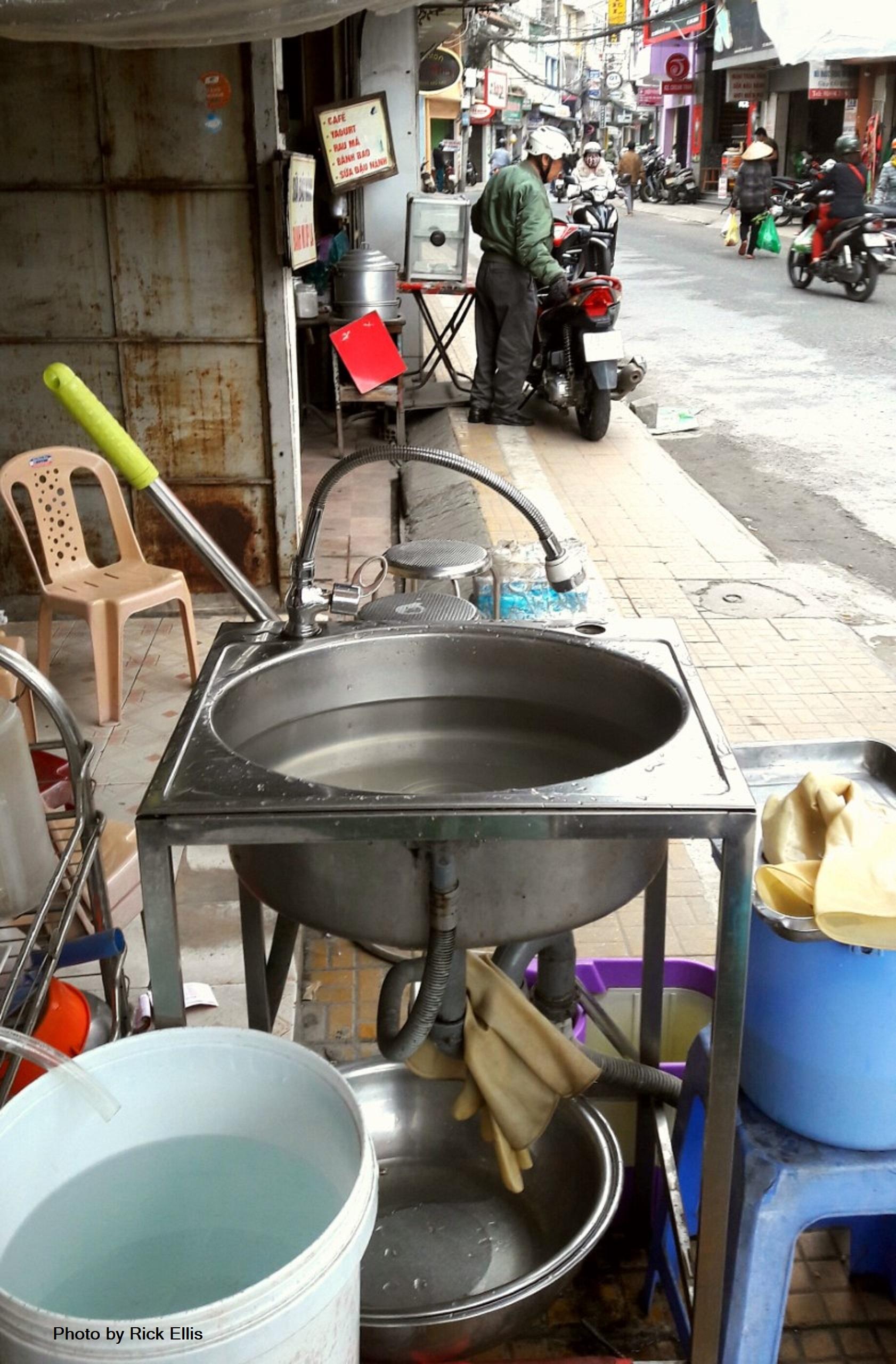 <em>Kitchen sink</em>