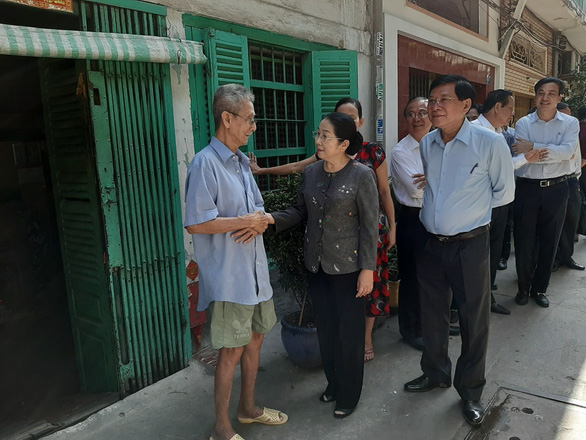 Ho Chi Minh City tenement residents defy relocation order over compensation, resettlement issues