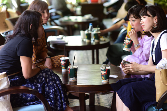 Vietnamese spend more on coffee out of home: survey