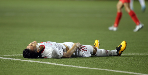 Thigh injury set to cost Vietnam's star midfielder Quang Hai SEA Games campaign