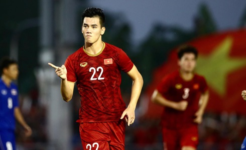 Vietnam through to semifinals of men's football at SEA Games 2019