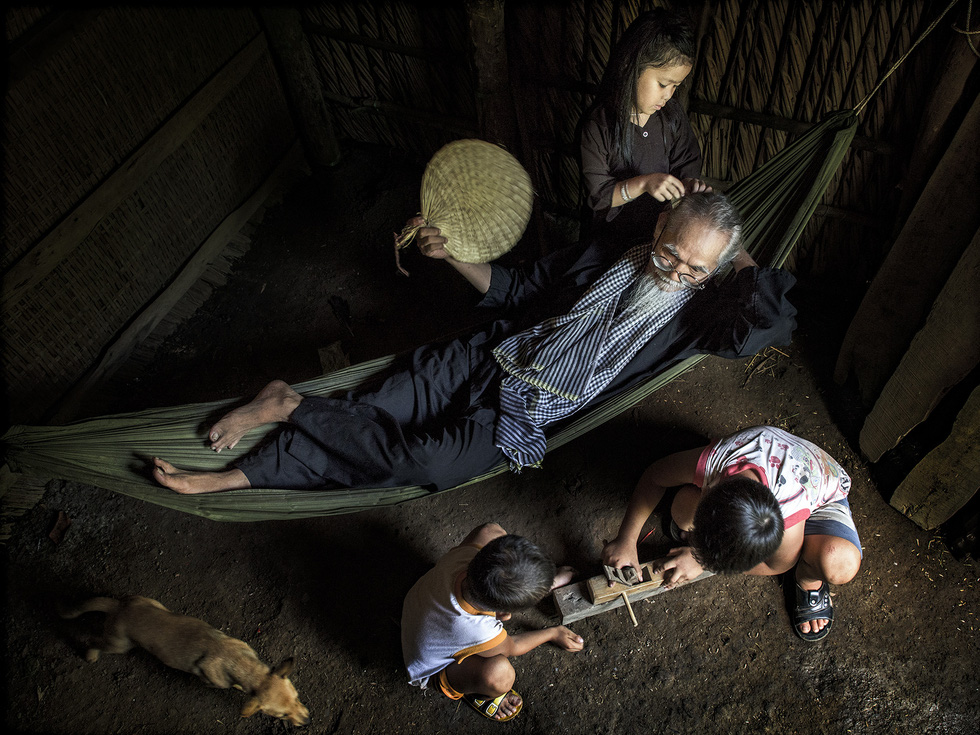 Photo 'Tuoi xe chieu' (The old age) by Le Minh Vu