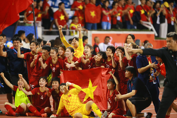 SEA Games: Vietnam brush aside Thailand to defend gold medal in women's football