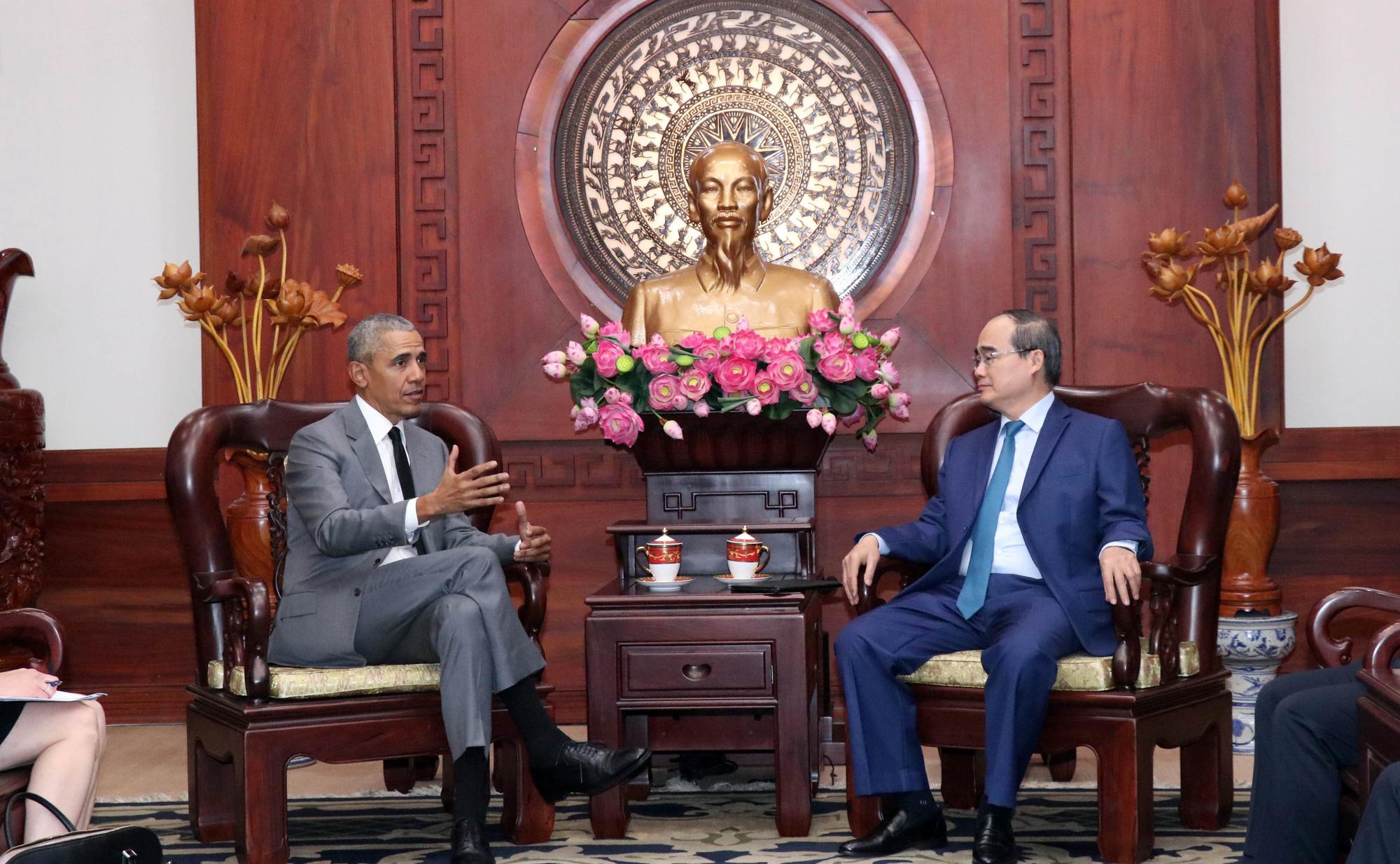 Barack Obama, Ho Chi Minh City Party chief talk Vietnam-U.S. ties
